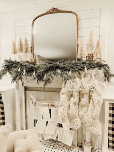 Looking for for inspiration for farmhouse christmas tree? Browse around this website for amazing farmhouse christmas tree inspiration. This cool farmhouse christmas tree ideas seems amazing. Christmas Mantels, Cozy Christmas, Rustic Christmas, White Christmas, Christmas Holidays, Victorian Christmas, Christmas Trees, Vintage Christmas, Magical Christmas