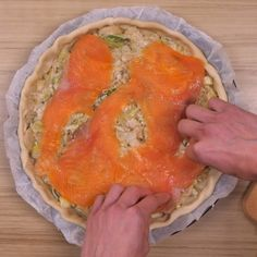 Leek Quiche with Smoked Salmon: Leek Quiche Recipe with Smoked Salmon – Marmiton Quiche Recipes, Tart Recipes, Pizza Recipes, Beef Recipes, Smoked Salmon Quiche, Smoked Salmon Recipes, Salmon Pizza, B Food, Food Porn