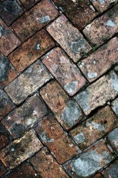 46 Awesome Brick Patterns Patio Ideas For Your Beautiful Yard - HOOMDSGN If you have ever thought about redoing your walkway or even installing an entire backyard patio, but you have been … Foto Macro, Brick Patterns Patio, Makeup Rooms, Brick And Stone, Natural Texture, Wabi Sabi, Backyard Patio, Belle Photo, Textures Patterns