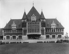 New Palace, Canada, Union Station, Quebec City, Vintage Photos, Trains, Images, Mansions, House Styles