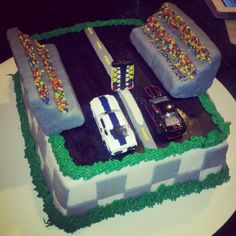 Drag racing cake-sweet baby Jesus I don't know who told him he could pick out his cake...
