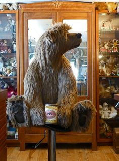 A very big boy by (in my opinion) the best bear artist in the world - Kelly Dean