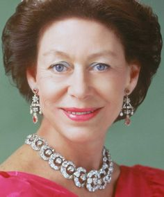 Tiara Mania: Teck Hoop Necklace Tiara worn by Princess Margaret, Countess of Snowdon