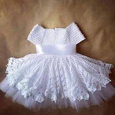 All love crochet dress, leaves the baby more delicate and feminine. I think it i … - Baby Dress Crochet Toddler Dress, Crochet Girls, Crochet Baby Clothes, Crochet For Kids, Knit Crochet, Crochet Children, Crochet Dress Girl, Little Girl Dresses, Flower Girl Dresses