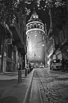 The Galata Tower - Istanbul - Istanbul City, Istanbul Travel, Wallpaper City, Istanbul Pictures, Hagia Sophia, Turkey Travel, Tours, Land Scape, Travel Photography