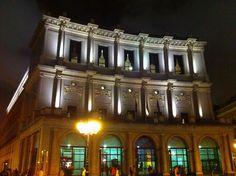 Por fin es viernes y publicamos el Teatro de la Ópera de Madrid. #historia #turismo http://www.rutasconhistoria.es/loc/teatro-de-la-opera