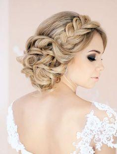 Romantische gevlochten bruidskapsels   In White