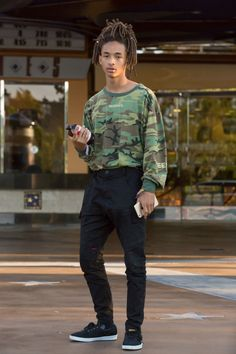 "celebritiesofcolor: "" Jaden Smith out in Calabasas "" Mode Masculine, Men Street, Street Wear, Jaden Smith Fashion, Style Tropical, Urban Fashion, Mens Fashion, Moda Blog, Street Style"