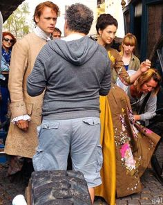 Cait and Sam, between the scenes season 2 Outlander