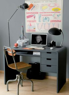 bureau ado design en gris
