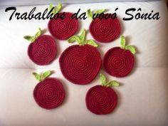 Trabalhos da vovó Sônia: Porta-copos maçãs - croché