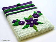 How to Crochet Mobile Cell Phone Pouch for iPhone Samsung - Crochet Ideas Crochet Ipad Cover, Crochet Laptop Case, Crochet Wallet, Crochet Coin Purse, Crochet Purses, Mobiles En Crochet, Crochet Mobile, Crochet Camera, Crochet Organizer