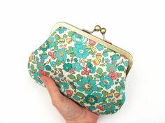 Retro green floral chain pouch - Liberty print