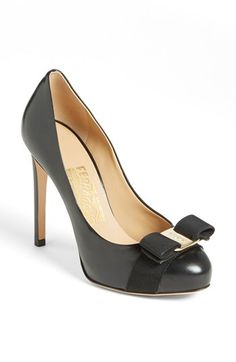 Salvatore Ferragamo 'Rilly' Pump