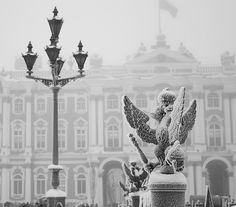 Russiam winter, Palace square**