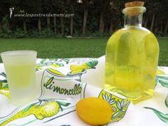 Limoncello. Receta de Limoncello casero: La receta de limoncelo es muy fácil de preparar, y queda riquísima, para compartir después de un buen postre...
