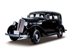"""1938 Nissan Passenger Car. Until 1981, two different car names (brand names) were used: small cars were called """"Datsun"""" while large vehicles were named """"Nissan"""". The first NISSAN model was made with equipment purchased from an American company, Graham Paige Motors Corp., so the size of the vehicle was comparable to Fords and Chevrolets at that time."""