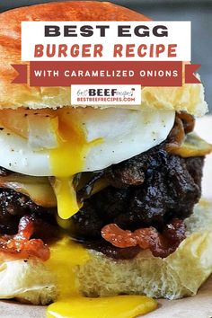 This Poached Egg Burger Recipe is the burger dreams are made of! Topped with caramelized onions, smoky Gruyere cheese, and a golden runny egg, it is one of the best burger recipes you will ever bite into. 🍔 Best Beef Recipes, Burger Recipes, Grilling Recipes, Egg Burger, Burger Buns, Burgers On The Stove, Burger Side Dishes, Caramelized Onions Recipe, Beef Appetizers