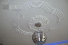 Drywall, Diseño elaborado en Escayola, con Molduras Decorativas y Roceton Central Ceiling Lights, Lighting, Home Decor, Decorative Mouldings, Interiors, Decoration Home, Room Decor, Lights, Outdoor Ceiling Lights
