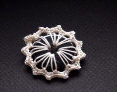 omⒶ KOPPA: Nappikukka - OHJE Floral, Flowers, Rings, Jewelry, Crochet Ideas, Crocheting, Button, Crochet, Jewlery