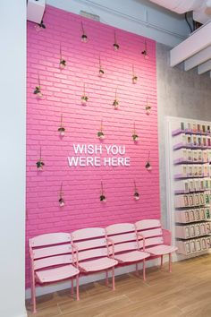 How New Beauty Store Riley Rose Was Designed to Be the Ultimate 'Homage to Millennials' house of beauty - House Beautiful Nail Salon Decor, Beauty Salon Decor, Beauty Salon Interior, Beauty Bar, Beauty Shop, Makeup Studio Decor, Beauty Salon Design, Salon Interior Design, Nail Salon Design