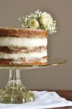 Gluten-Free Naked Banana Cake with Cream Cheese Frosting #refinedsugarfree #glutenfree | amygreen.me