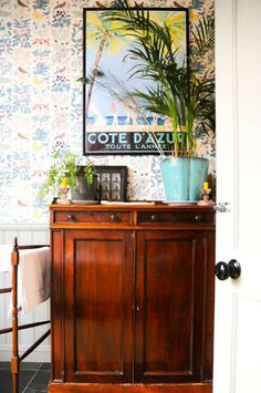 tropical-inspired entryway