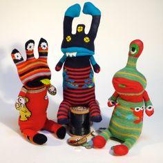 how to make a sock monster Stuffed Animal Patterns, Diy Stuffed Animals, Felt Doll Patterns, Bear Patterns, Monkey Doll, Sock Toys, Sock Crafts, Ugly Dolls, Monster Dolls