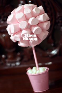 Pink Candy Tree Chanel Baby Shower, Barbie Party, Unique Baby Shower Gifts, Baby Sprinkle, Pink Candy, Girl Shower, Cupcakes, Baby Shower Parties, Baby Shower Decorations
