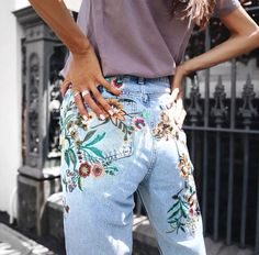 Street Style | Denim Jeans | Denim Shorts | Denim Skirt | Denim Jacket | Skinny Jeans | Boyfriend Jeans | Mom Jeans | Mom Boss | Personal Style Online | Online Fashion Stylist | Fashion For Working Moms & Mompreneurs