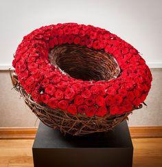 Base de rosas compacta.