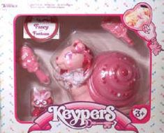 I had this Keyper - Footloose and her finder Fancy  - i used to keep sweets and stuff in this little thing
