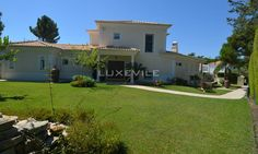 If you plan to live in Portugal or simply spend holidays in the country and have a large family to keep you company, Luxevile has the best options for you.