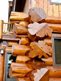 Log corner detail. Mountain Log Homes, CO. Large diameter Western Red Cedar Logs from Pioneer Log Homes.