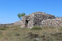 http://cabinporn.com/post/128338952759/herders-hut-in-mosqueruela-teruel-spain