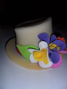 Sombrero Birthday Cake, Hats, Desserts, Craft Ideas, Wedding, Clothes, You Are Special, Funny Hats, Crazy Hats