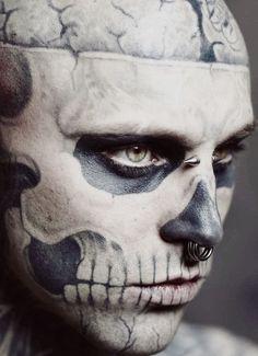 Rick Genest- The zombie boy Tattoo - ink Diskrete Tattoos, Tattoos Motive, Body Art Tattoos, Tattoos For Guys, Tatoos, Tattoo Ink, Mary Tattoo, Rick Genest, Stick Poke Tattoo