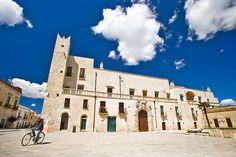 Piazza di Specchia Salento Lecce #TuscanyAgriturismoGiratola