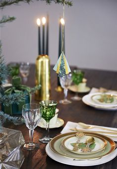 Decorative table setting for the christmas dinner.
