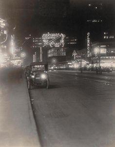 fuckyeahvintage-retro: New York City, 1921.