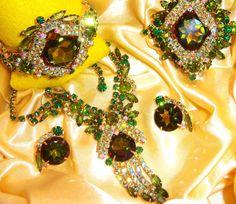 VTG JULIANA WATERMELON RHINESTONE NECKLACE CLAMPER BRACELET BROOCH EARRING SET in Jewelry & Watches, Vintage & Antique Jewelry, Costume | eBay