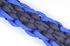 """How to Make the """"Rugby"""" Design Paracord Survival Bracelet - BoredParacord"""
