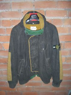 vintage stone island - Google-haku Vest Jacket, Nike Jacket, Stone Island, Dope Outfits, Motorcycle Jacket, Fashion Brands, Ready To Wear, Street Wear, Menswear