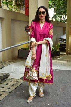 Kareena Kapoor Khan, Karisma Kapoor & Taimur Ali Khan flaunt shades of pink on Diwali; Kurti Designs Party Wear, Kurta Designs, Blouse Designs, Indian Attire, Indian Wear, Indian Outfits, Western Outfits, Pakistani Dresses Casual, Pakistani Dress Design