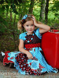 darling little girls dress...i just LOVE the light blue with the deep red!!!!!! sooooooooo pretty!!!!!!!!!!!!