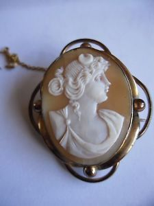 Antique-Victorian-brooch-Cameo-gold-plated