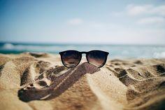Выбираем солнцезащитные очки http://narmed.ru/articles/news/vybiraem_solntsezascitnye_ochki #нармед #narmed #NarmedRu #очки #солнцезащитныеочки #солнце #ожогроговицы #УФ-лучи