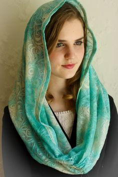 Evintage Veils~ Our Lady  Of the Fields ** Vintage Inspired Lace Chapel Veil Mantilla Infinity