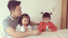"""Polubienia: 356.7 tys., komentarze: 34.1 tys. – H a R u (@leedonghae) na Instagramie: """"서원이,지우 ^^ 삼촌이 사랑해요 :)"""""""