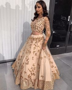 Bollywood Indian Party Wear Lehenga Lengha Choli Stylish Pakistani Wedding Look Indian Bridal Fashion, Indian Wedding Outfits, Bridal Outfits, Indian Outfits, Wedding Dresses, Indian Weddings, Lehnga Dress, Lengha Choli, Anarkali